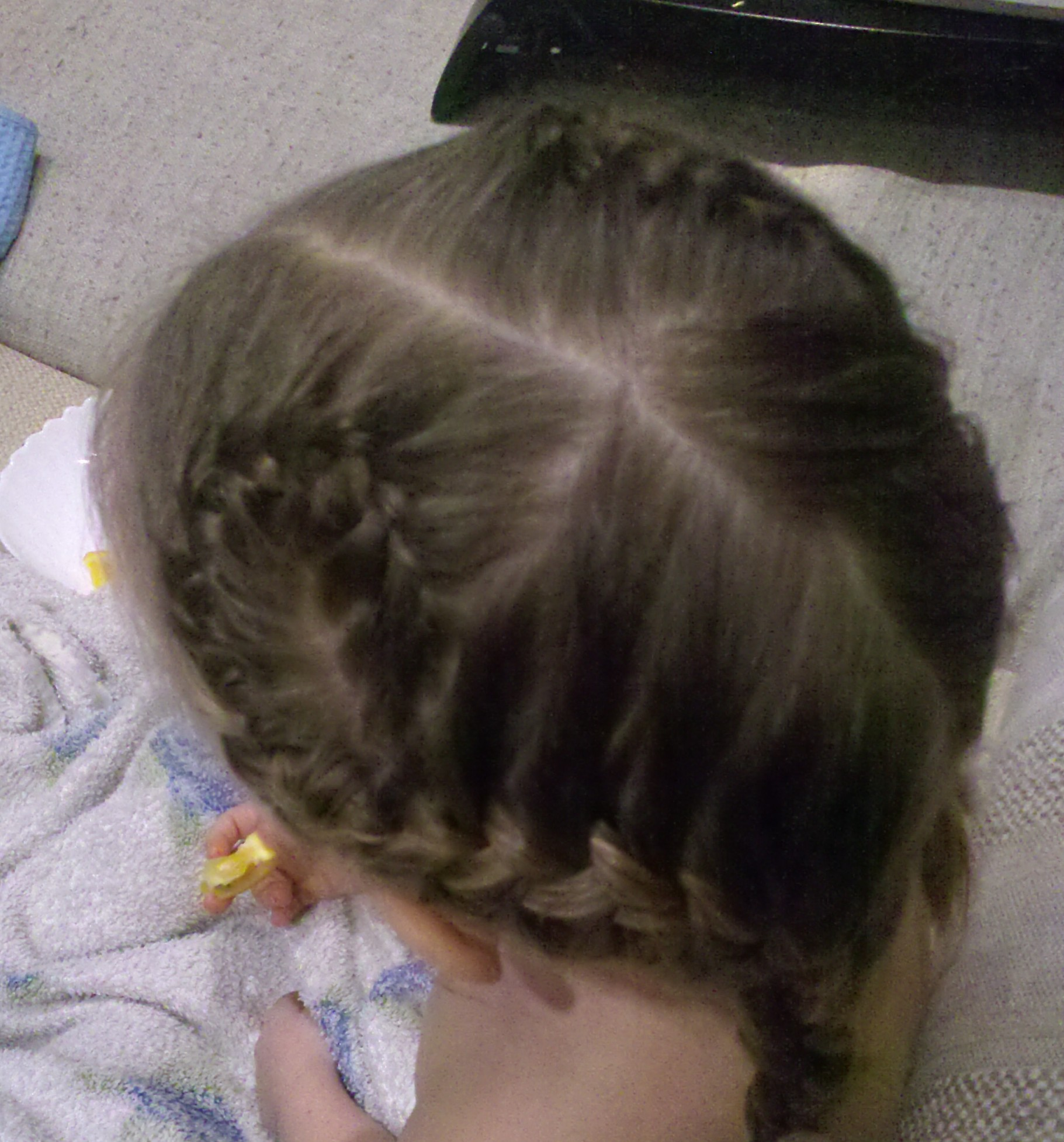 Заплести ребенка 2 года фото