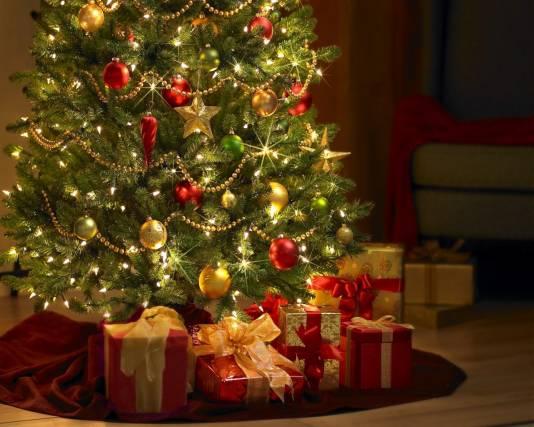 Какие подарки к новому году принесет Дед Мороз детям?